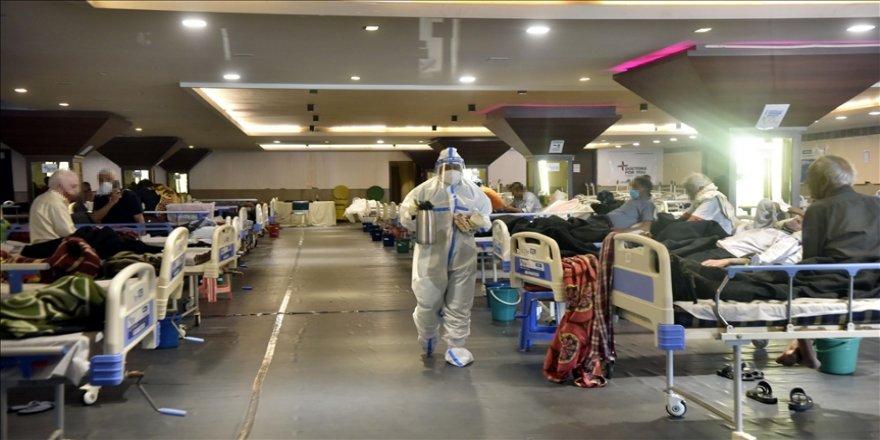 Hindistan'da 22 Kovid-19 hastası oksijen tankında meydana gelen sızıntı nedeniyle öldü