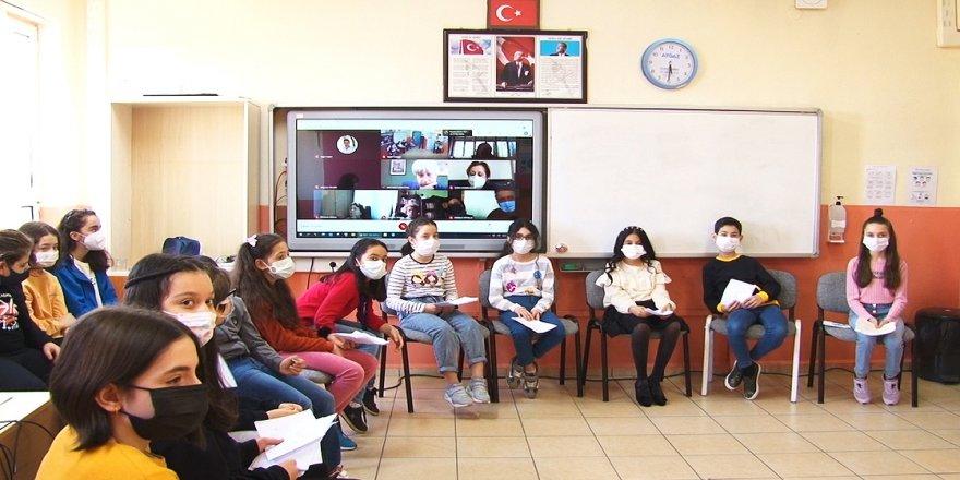 Öğrenciler arasındaki anlaşmazlıklar 'arabuluculuk'la çözülüyor