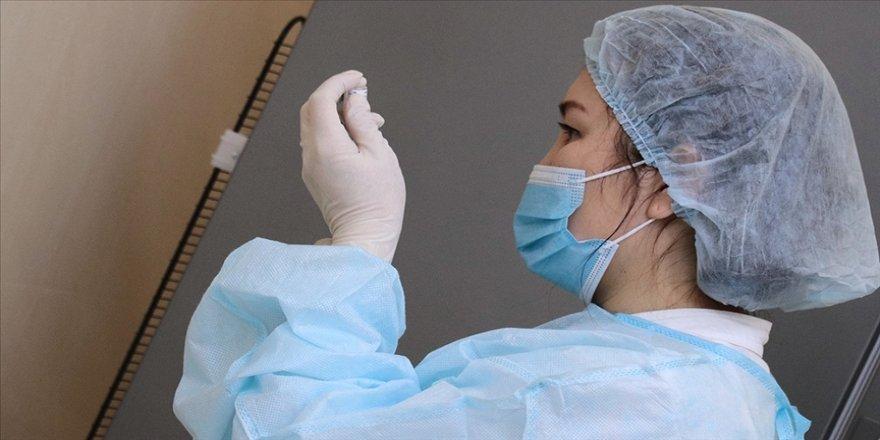 Kazakistan Kovid-19'a karşı toplu aşılama sürecinde yerli aşıyı uygulamaya başlayacak