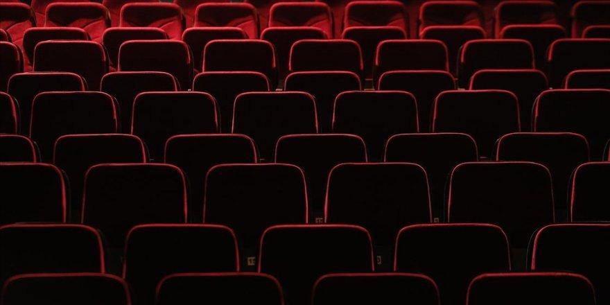 Kültür ve Turizm Bakanlığından salgın döneminde özel tiyatrolara 36,5 milyon lira destek