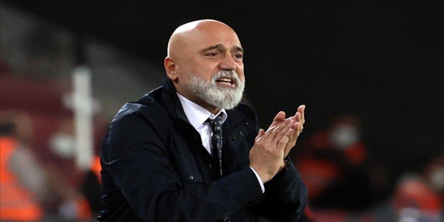 MKE Ankaragücü Teknik Direktörü Hikmet Karaman: Ayağa kalkıp Kasımpaşa maçını kazanmalıyız