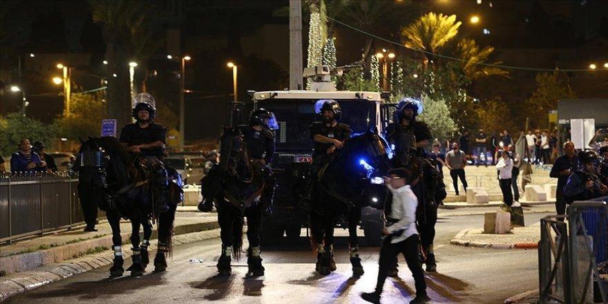 İsrail, gerginlik nedeniyle Yahudilerin 'Kudüs günü' etkinliklerini kısıtlamayı veya iptal etmeyi düşünüyor
