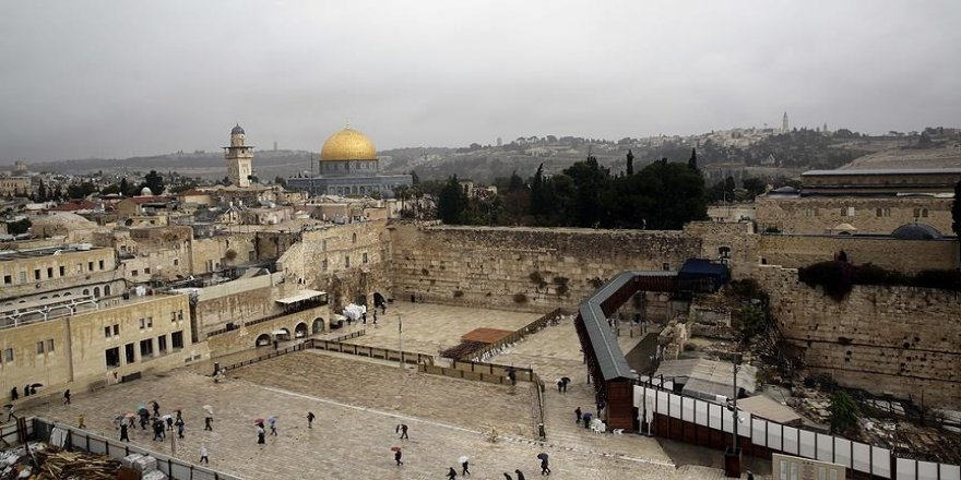 Ezher Şeyhi Tayyib'den 15 dilde 'Kudüs' çağrısı