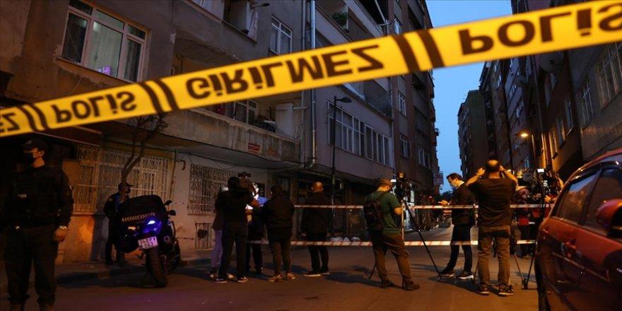 İstanbul'da 6 katlı bina çökme tehlikesi nedeniyle boşaltıldı