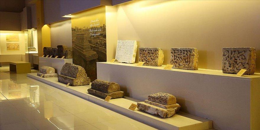 'Sakin Şehir' Ahlat'ta açılan Arkeoloji Müzesi kısıtlama sonrası ziyaretçilerini bekliyor
