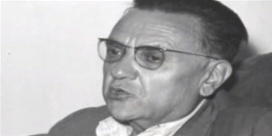 Türk edebiyatında modern anlamda denemelerin öncü ismi: Nurullah Ataç