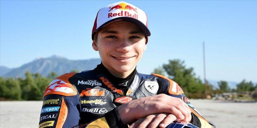 Milli motosikletçi Deniz Öncü Fransa'da bu sezonki en iyi derecesini yaptı