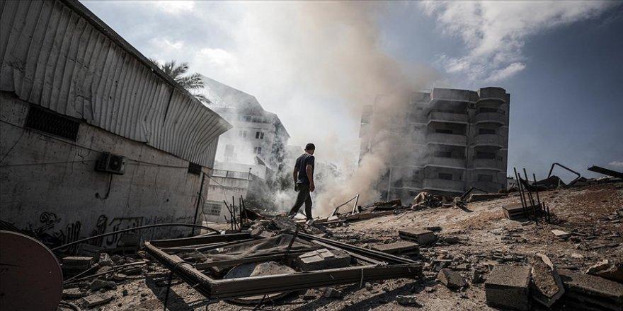 Gazze Belediyesi: İsrail 40 cadde ve kavşağı kullanılamaz hale getirdi