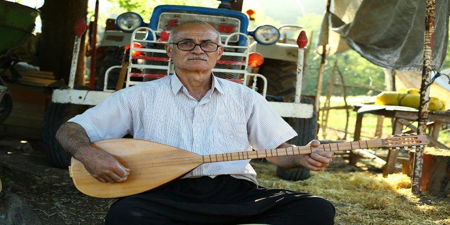 Osmaniye'de 41 yıllık hobisini evinde kurduğu atölyeyle devam ettiriyor