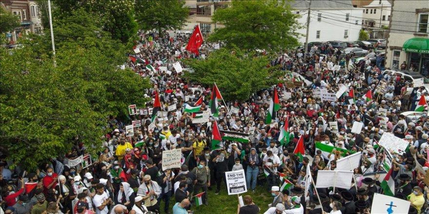 ABD'de Filistinlilere yaptığı saldırılardan dolayı, İsrail'e karşı protestolar devam etti