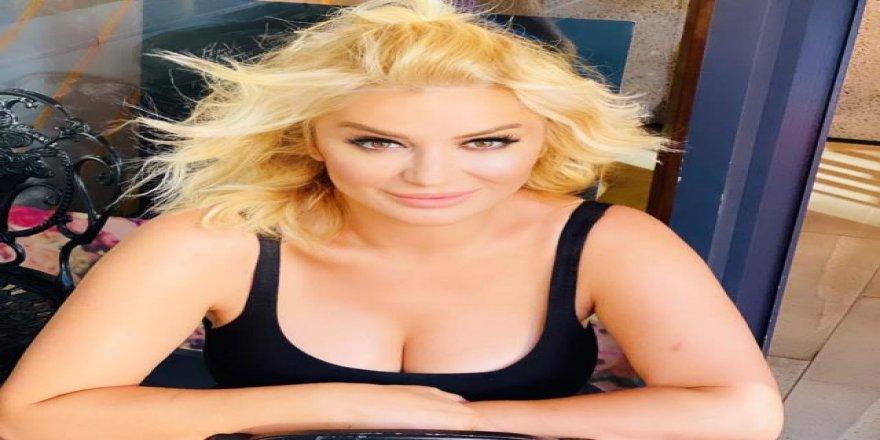 Songül Karlı göğüs dekoltesiyle sosyal medyayı salladı