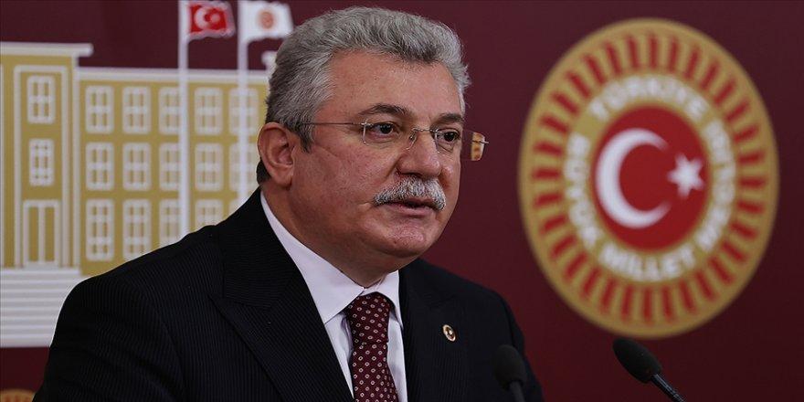 AK Parti'li Akbaşoğlu: CHP'nin HDP'ye yönelik bakanlık paylaşımı açıkça Türkiye'nin geleceğini tehlikeye atmaktır