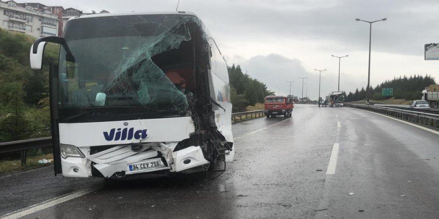 Feci kaza sebebiyle kapanan TEM'in Ankara istikameti trafiğe açıldı