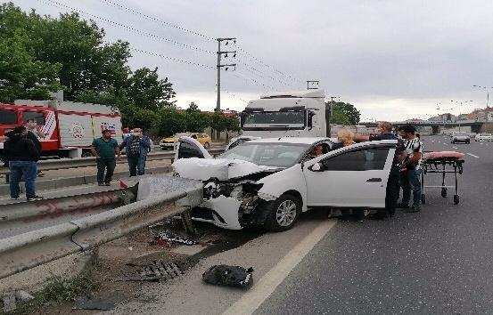 Barış Mahallesi D-100 Karayolu'nda trafik kazası meydana geldi.