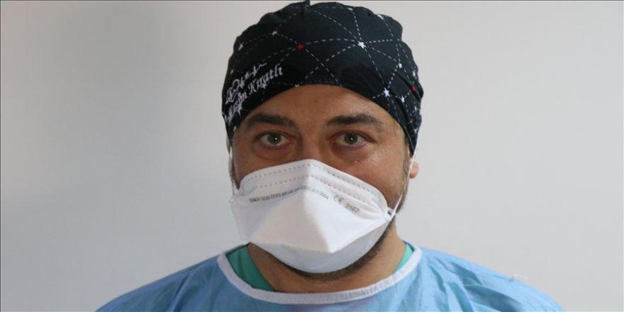32 gün arayla 2 kez Kovid-19 geçiren doktordan vatandaşlara 'aşı olun' çağrısı