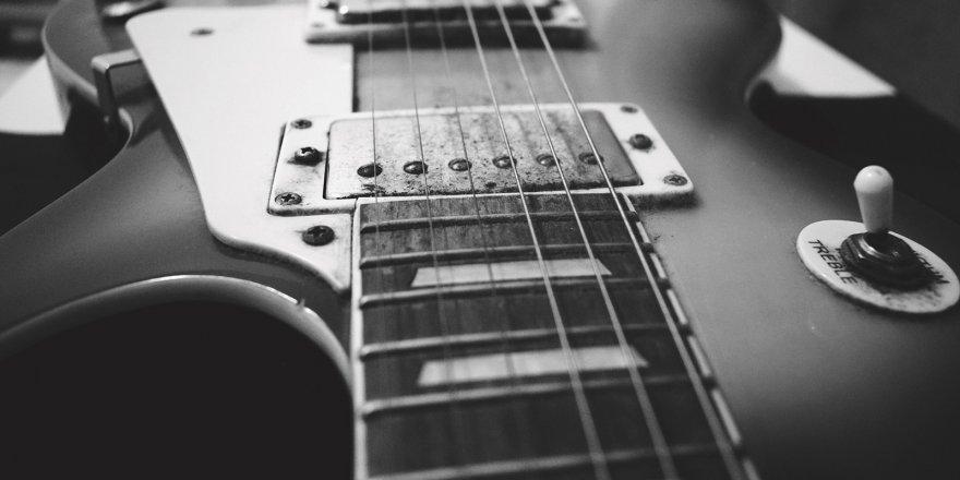 Konservatuvar Elektrik Gitar Bölümü öğrencilerinden yıl sonu konseri