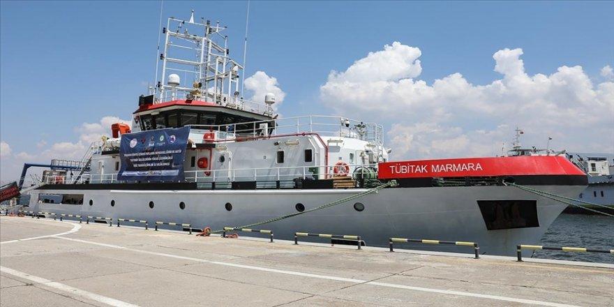Deprem araştırmasında ilk seferini tamamlayan TÜBİTAK Marmara Araştırma Gemisi, İzmir'e döndü