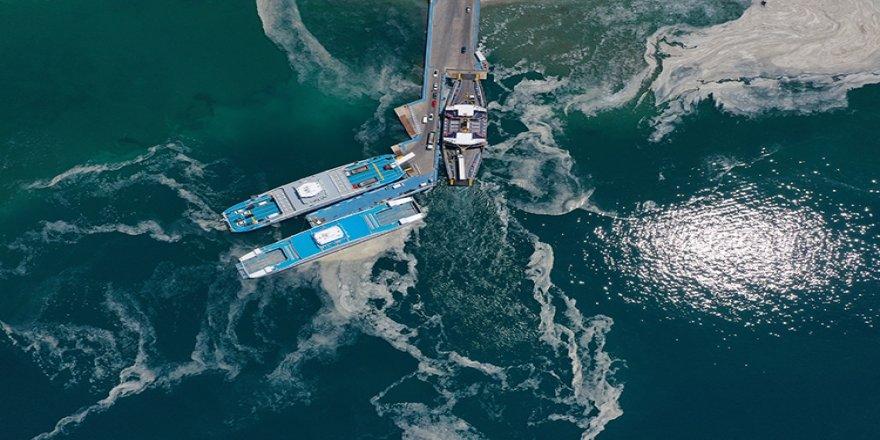 Çanakkale Boğazı'ndaki müsilaj yoğunluğu havadan görüntülendi