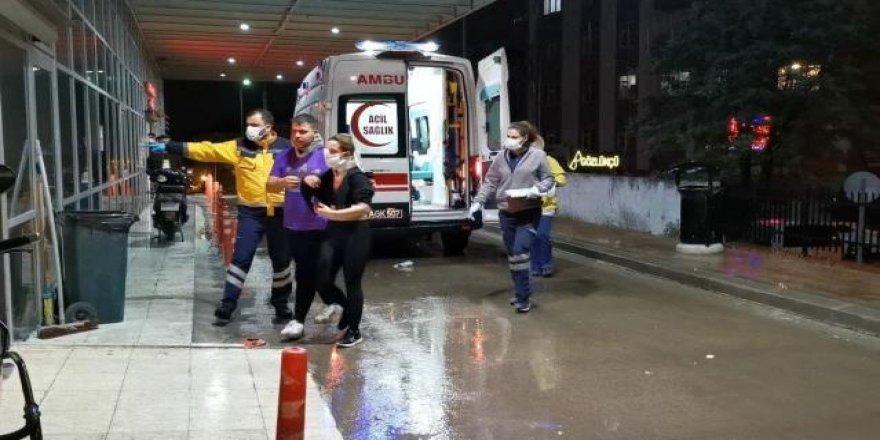 Gebze Metro şantiyesinde betona çarpan otomobildeki 2 kişi yaralandı