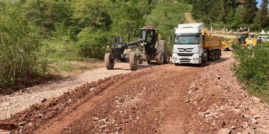 Köy yollarına konforlu yollar yapılıyor