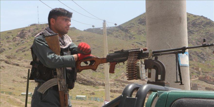 Afganistan'da Devlet Abad ilçesi Taliban'dan geri alındı