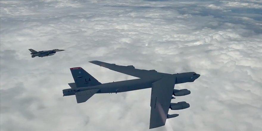 MSB: EUCOM talebi üzerine F-16'larımız ABD B-52 uçaklarına refakat görevi icra etti