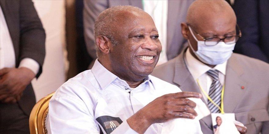 Fildişi Sahili'nin sürgündeki eski Cumhurbaşkanı Gbagbo ülkesine döndü