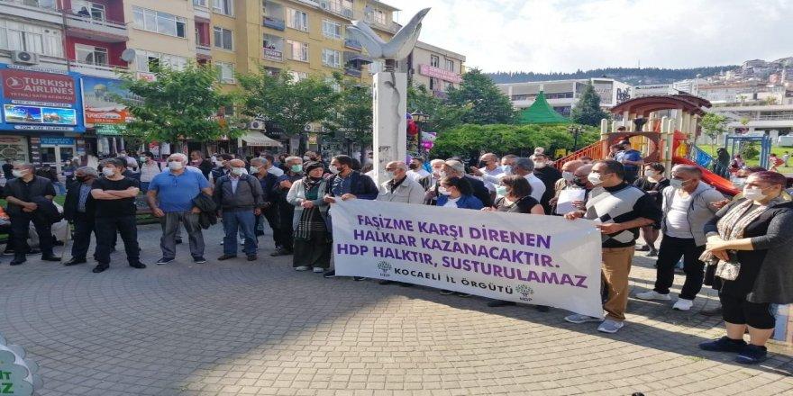 HDP İzmit,HDP İzmir İl Binası'na saldırının ardından basın açıklaması gerçekleştirdi