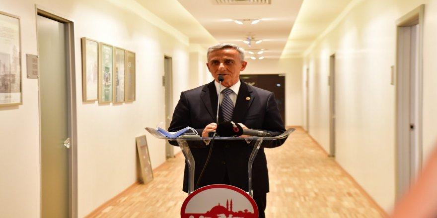 Sanatçı Fatih Ömeroğlu'nun 'ARA-YAN' sergisi sanatseverlerle buluştu