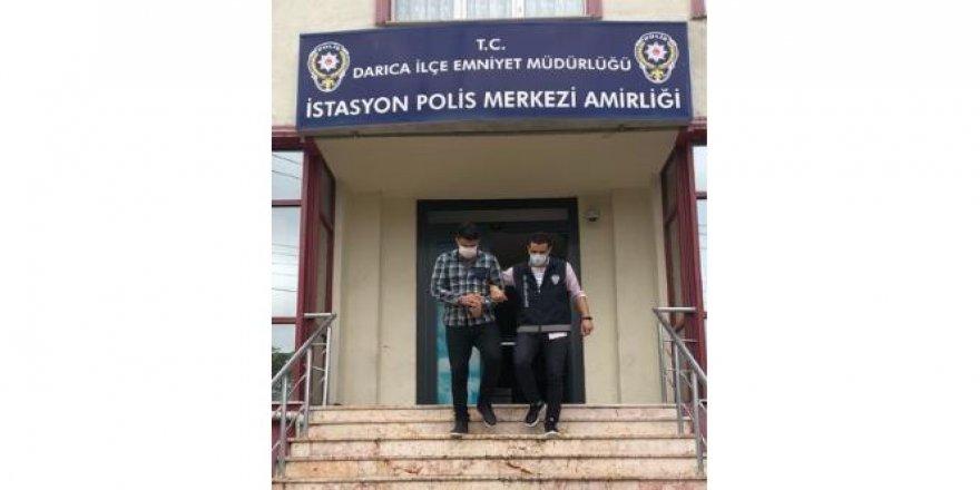 Darıca 'da 2 kişiyi gasp eden şüpheliler yakalandı