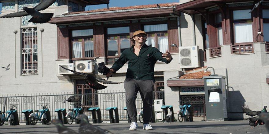 Dünya turu yapan İtalyan belgeselci İstanbul'u keşfediyor