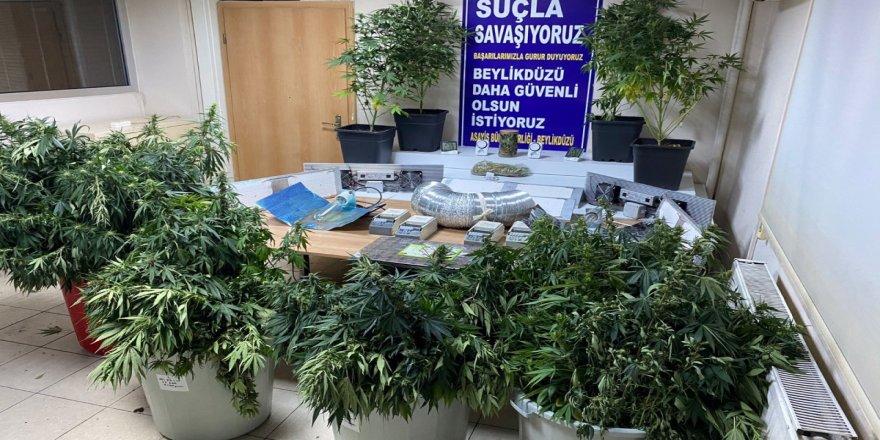 Beylükdüzü'nde deniz manzaralı villa uyuşturucu imalathanesi çıktı
