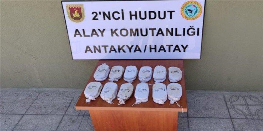 Sınır birliklerinden Van, Hatay ve Hakkari'de uyuşturucu madde operasyonu