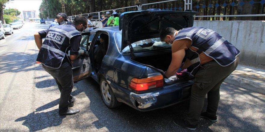 İçişleri Bakanlığı koordinasyonunda 'Huzurlu Sokaklar ve Narkotik Suçları Önleme Uygulaması' yapıldı