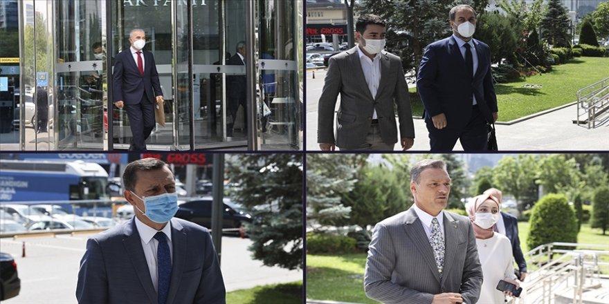Cumhurbaşkanı Erdoğan AK Parti milletvekilleriyle bir araya geldi
