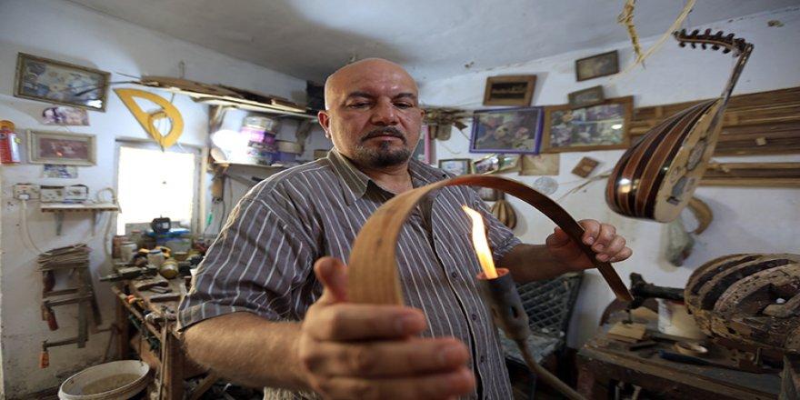 Iraklı zanaatkar ud ustası dedesinden yadigar mesleğini sürdürüyor