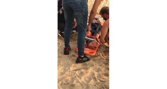 Kandıra'da denize giren gençlerden biri boğuldu, diğeri hastaneye kaldırıldı