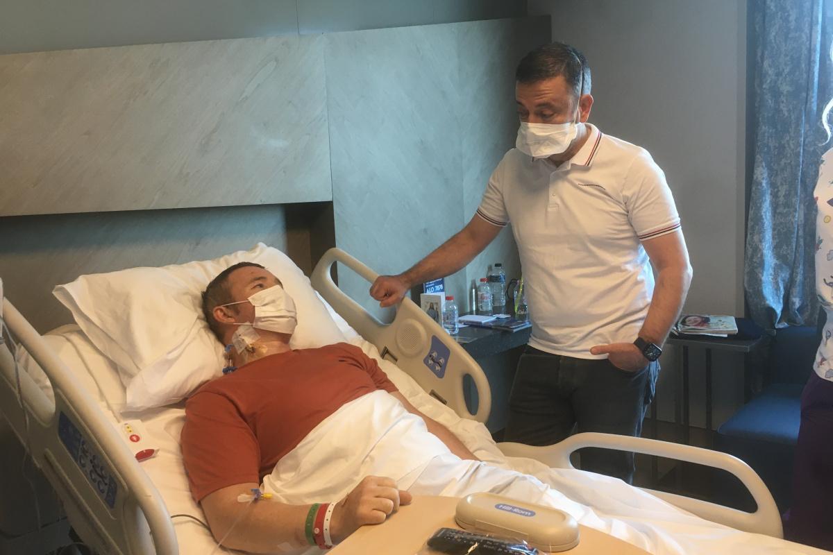 İrlandalı turist 'Türkiye'ye gelmem' diyordu kritik ameliyatı İstanbul'da oldu