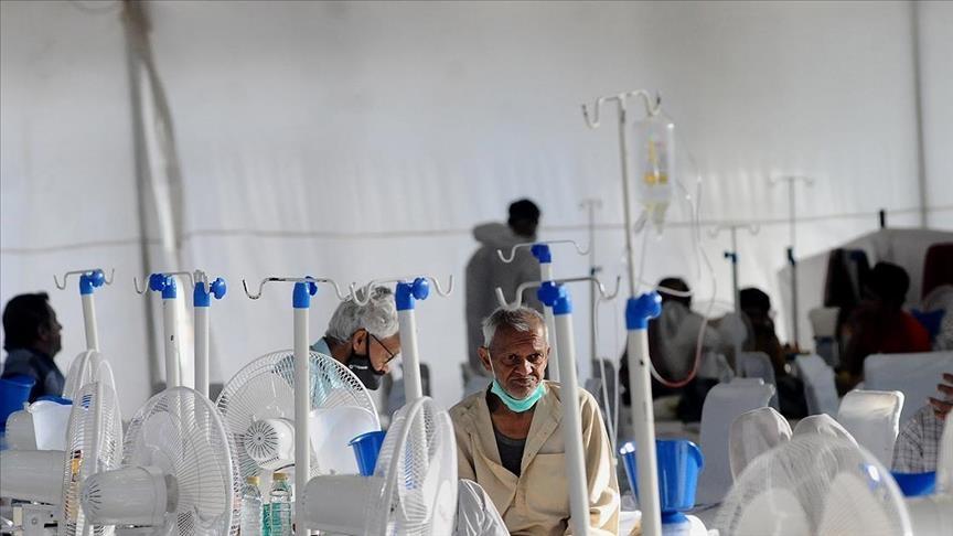Hindistan'da Kovid-19 salgınında hasta sayısı tekrar düşüşe geçti