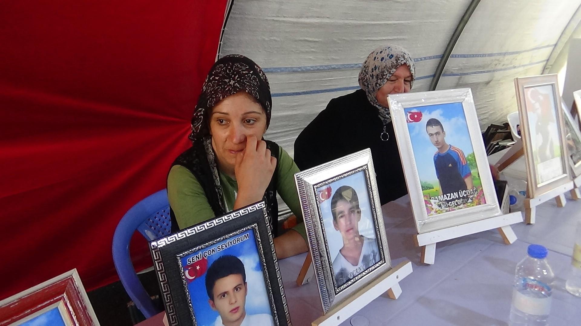 Evlat nöbeti tutan ailelerden HDP ve CHP'ye tepki