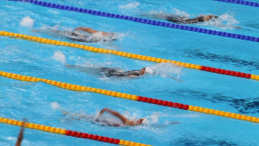 Olimpiyatlarda yüzmede 4 kategoride madalyalar sahibini buldu