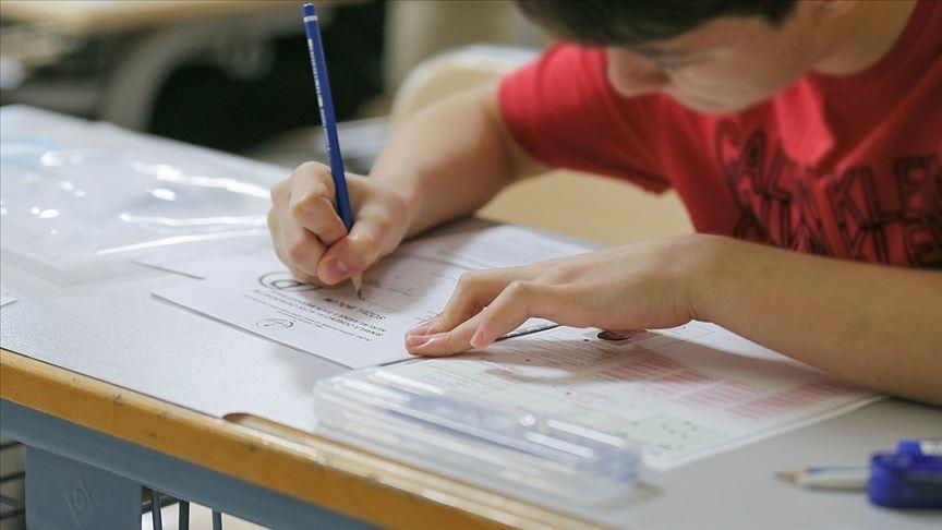LGS yerleştirmelerinde öğrencilerin yüzde 93'ü tercih ettiği okullardan birine yerleşti