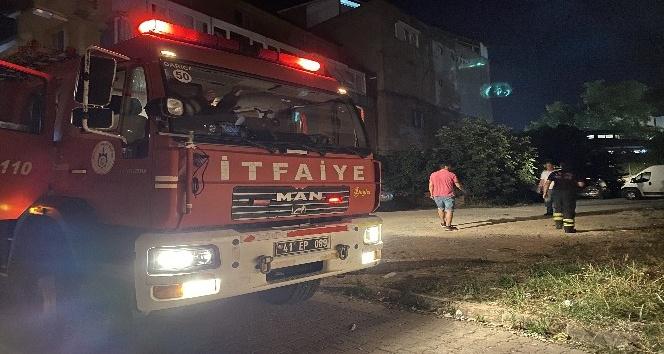 Darıca'da tekstil atölyesinde çıkan yangın korkuttu