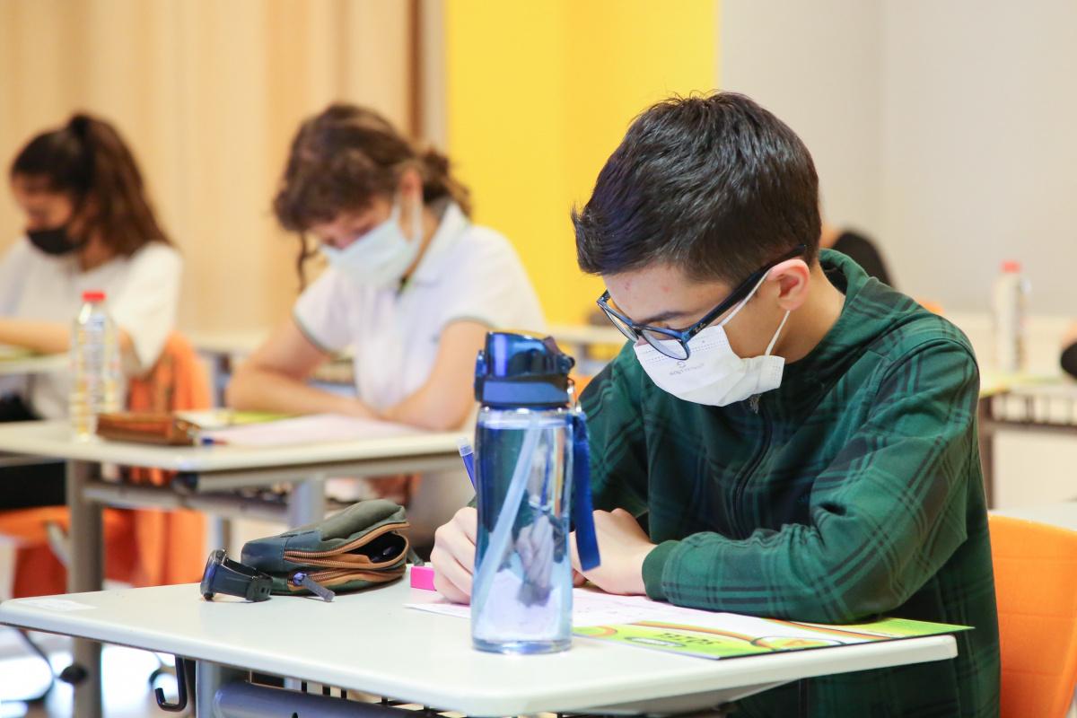 Başarılı LGS hazırlığı, İTÜ ETA Vakfı öğrencilerini hayallerindeki lise ile buluşturdu