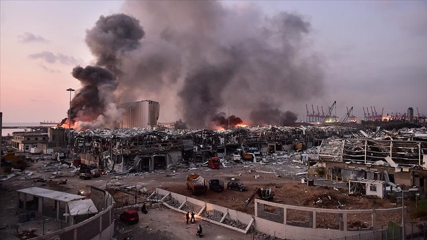 """Beyrut'taki patlamanın birinci yılında 4 Ağustos """"ulusal yas günü"""" ilan edildi"""