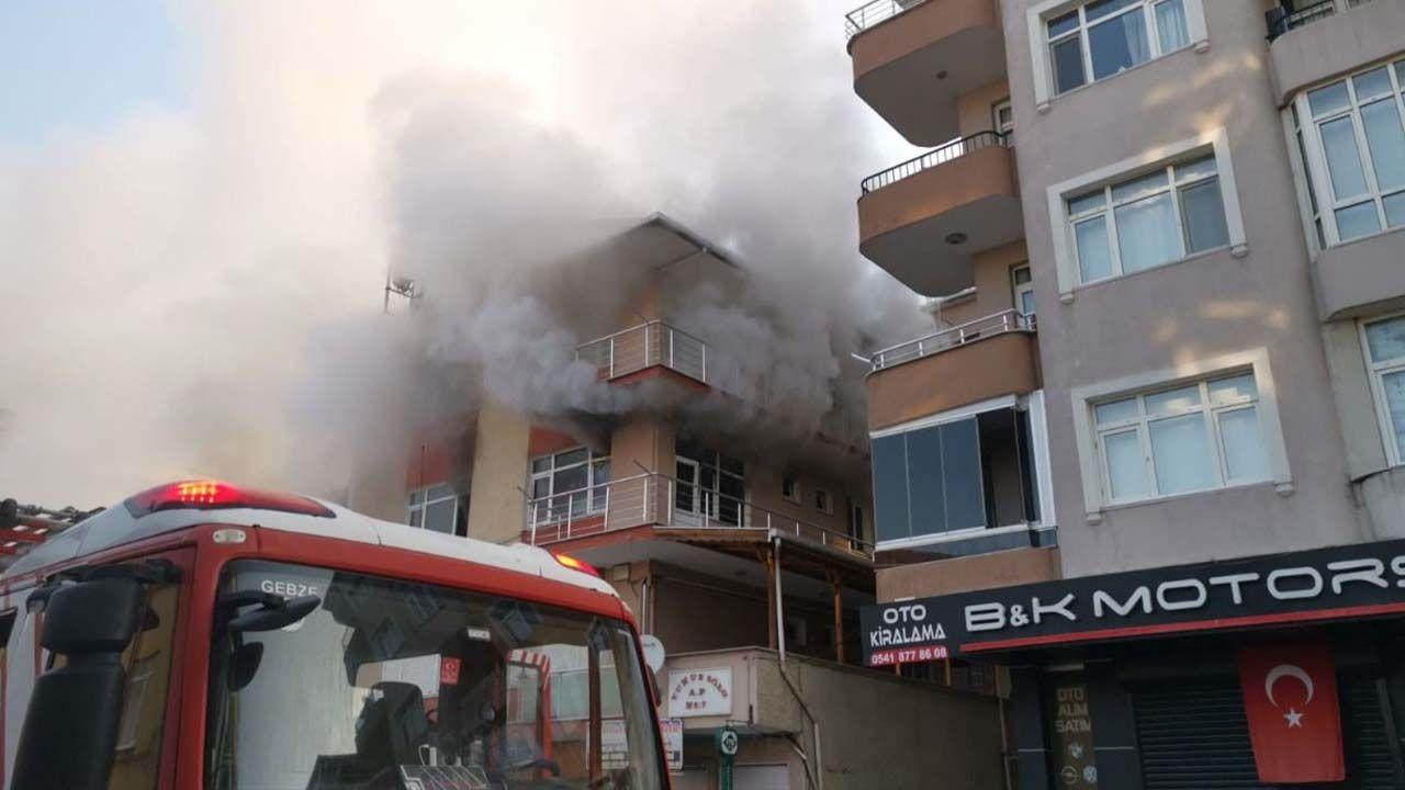 Gebze'de Çıkan Yangın Panik Yarattı