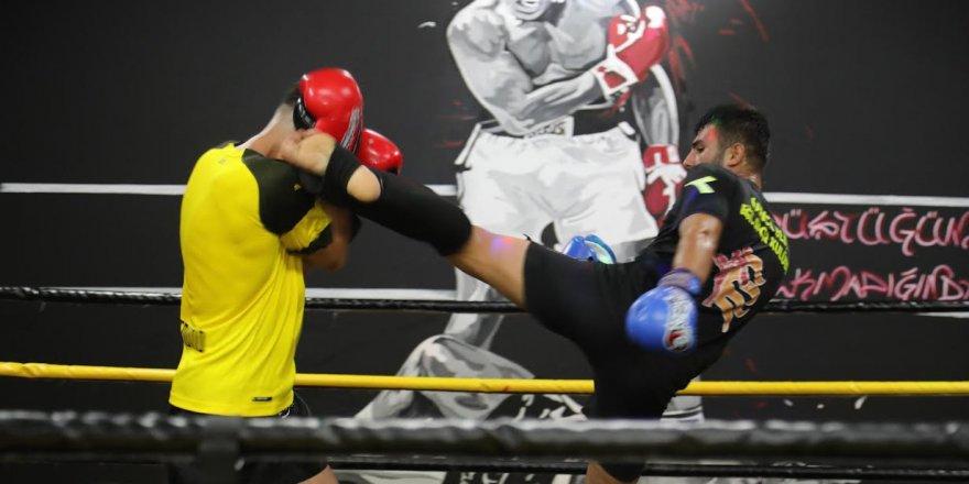Darıca Muay Thai Turnuvası'na ev sahipliği yapıyor