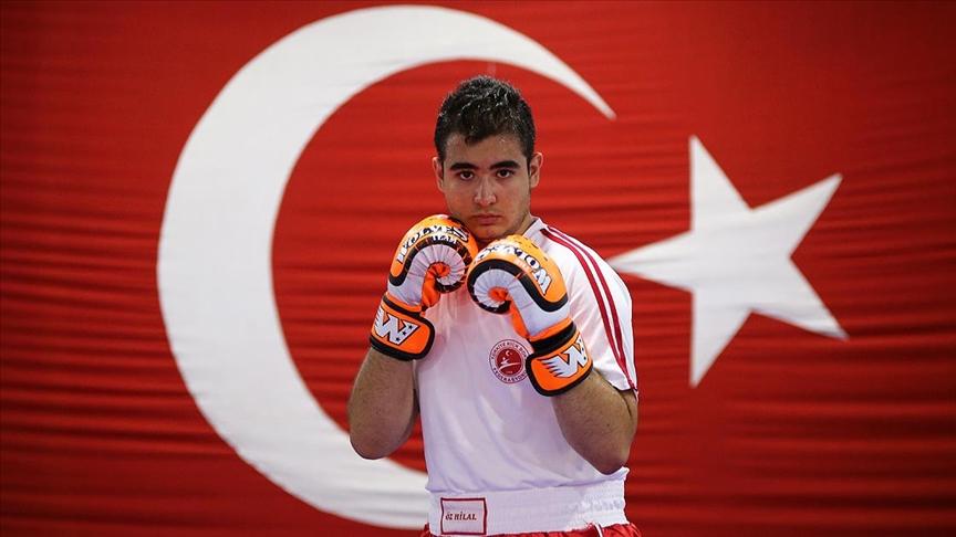 Genç milli kick boksçu Yusuf'un hedefi, Avrupa Kupası'nda şampiyonluk