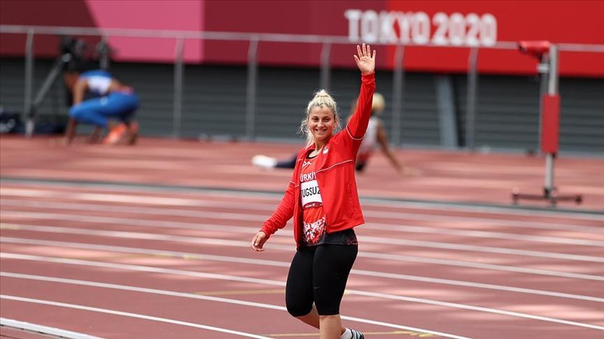 2020 Tokyo Olimpiyat Oyunları'nda milli atlet Eda Tuğsuz finale yükseldi