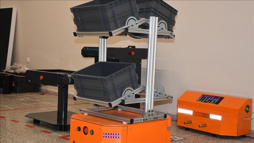 Akıllı süpürgeden ilham alan firma yerli yük taşıma robotu geliştirdi